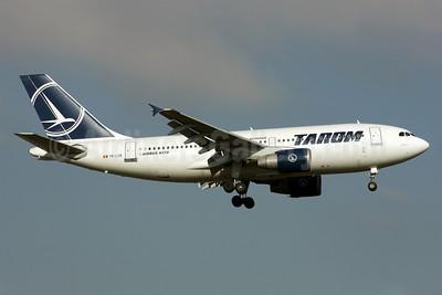 TAROM-Transporturile Aeriene Romane (Romanian Air Transport) Airbus A310-325 YR-LCB (msn 644) LHR (Antony J. Best). Image: 902218.
