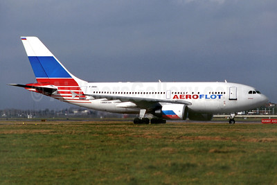 Aeroflot Russian International Airlines Airbus A310-308 F-OGQU (msn 646) LHR (SM Fitzwilliams Collection). Image: 927740.