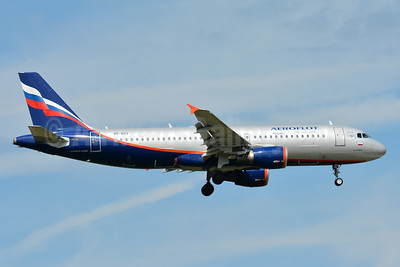 Aeroflot Russian Airlines Airbus A320-214 VP-BZS (msn 3644) FRA (Paul Bannwarth). Image: 940532.