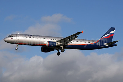 Aeroflot Russian Airlines Airbus A321-211 VQ-BOH (msn 5044) LHR (SPA). Image: 935208.