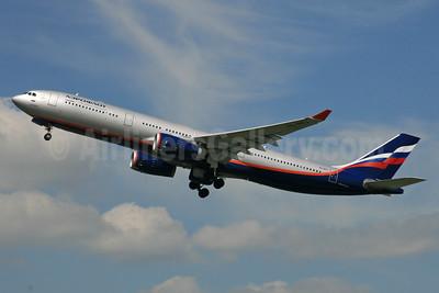 Aeroflot Russian Airlines Airbus A330-343 VQ-BPJ (msn 1328) LHR (SPA). Image: 935203.