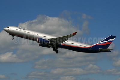 Aeroflot Russian Airlines Airbus A330-343 VQ-BCV (msn 1072) LHR (SPA). Image: 935202.