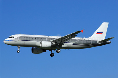 Aeroflot Russian Airlines Airbus A320-214 F-WWIF (VP-BNT) (msn 5614) (1956 retrojet) TLS (Eurospot). Image: 912096.
