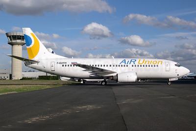 AirUnion-Kras Air Boeing 737-329 F-GUYH (msn 23771) LBG (Pepscl). Image: 935265.