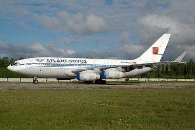 Atlant-Soyuz Airlines - Airline of Moscow Government Ilyushin Il-96-300 RA-96002 (msn 74393201001) RIX (Ton Jochems). Image: 951367.