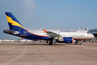 Donavia Airbus A319-112 VP-BBT (msn 1805) MAN (Nik French). Image: 908530.