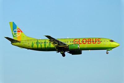 Globus Airlines (Russia) Boeing 737-42C VP-BTH (msn 24231) BCN (Eurospot). Image: 900058.