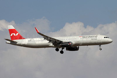 Nordwind Airlines Airbus A321-211 WL VQ-BRT (msn 7674) AYT (Andi Hiltl). Image: 942682.