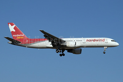 Nordwind Airlines Boeing 757-2Q8 VQ-BBT (msn 29443) AYT (Paul Denton). Image: 912501.