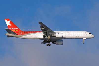 Nordwind Airlines Boeing 757-2Q8 VQ-BAL (msn 27351) DME (OSDU). Image: 904757.