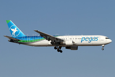 Pegas Fly (Pegas Touristik) (IKAR Airlines)  Boeing 767-3Q8 ER VQ-BTQ (msn 28207) AYT (Andi Hiltl). Image: 938620.