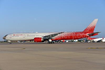 Rossiya Airlines Boeing 777-312 EI-UNP (msn 28516) (Siberian Tiger) AYT (Ton Jochems). Image: 939898.