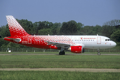 Rossiya Airlines Airbus A319-111 VQ-BCO (msn 3942) (Christian Volpati Collection). Image: 937902.