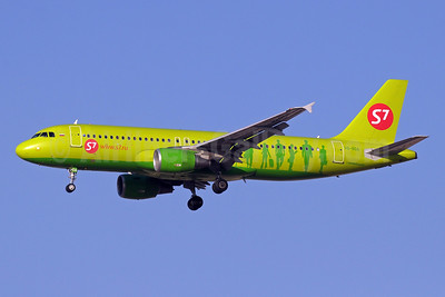 S7 Airlines (Siberia Airlines) Airbus A320-214 VQ-BOA (msn 5001) DXB (Paul Denton). Image: 920675.