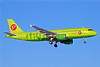 S7 Airlines (Siberia Airlines) Airbus A320-214 VP-BCS (msn 3490) DME (OSDU). Image: 905322.