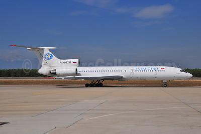 Tatarstan Airlines (Tatarstan Aircompany) Tupolev Tu-154M RA-85798 (msn 93A-982) AYT (Ton Jochems). Image: 903729.