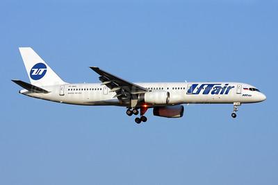 UTair Aviation (Russia) Boeing 757-28A VP-BAS (msn 28161) AYT (Andi Hiltl). Image: 913819.