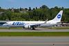 UTair Aviation (Russia) Boeing 737-8GU WL VQ-BQQ (msn 37552) BFI (Joe G. Walker). Image: 906507.