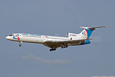 Ural Airlines Tupolev Tu-154M RA-85833 (msn 01A1020) DME (OSDU). Image: 907231.
