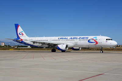 Ural Airlines Airbus A321-211 VQ-BKH (msn 841) AYT (Ton Jochems). Image: 920821.