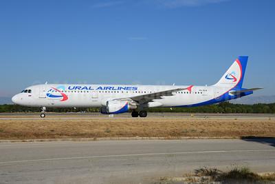 Ural Airlines Airbus A321-211 VQ-BDA (msn 1012) AYT (Ton Jochems). Image: 920820.