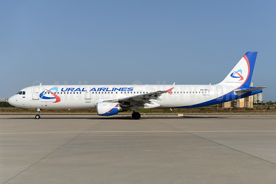 Ural Airlines Airbus A321-211 VQ-BKJ (msn 815) AYT (Ton Jochems). Image: 939721.