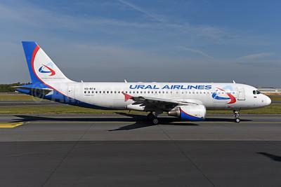 Ural Airlines Airbus A320-214 VQ-BFW (msn 2327) AYT (Ton Jochems). Image: 954328.
