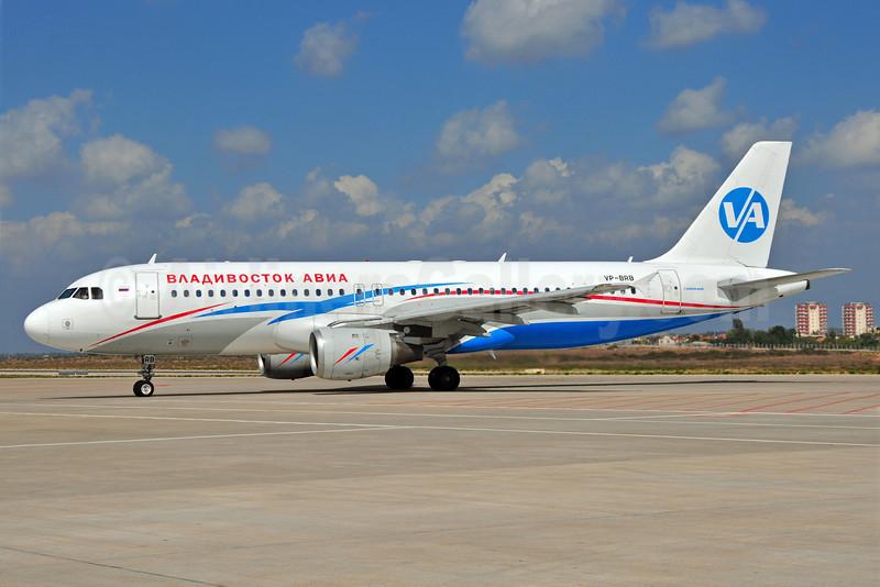 Vladivostok Air (Vladivostok Avia) Airbus A320-212 VP-BRB (msn 528) AYT (Ton Jochems). Image: 905432.