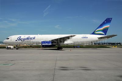 Yakutia Airlines Cargo (Yakutia Aircompany) Boeing 757-23APF VQ-BOX (msn 24868) FRA (Bernhard Ross). Image: 908374.