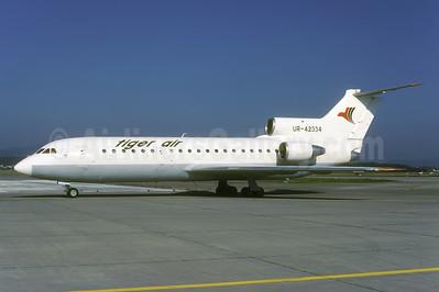 Tiger Air (Serbia) Yakovlev Yak-42 UR-42334 (msn 4520422606164) ZRH (Rolf Wallner). Image: 954024.