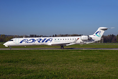 Adria Airways Bombardier CRJ900 (CL-600-2D24) S5-AAL (msn 15129) ZRH (Rolf Wallner). Image: 937495.