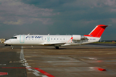 Adria Airways Bombardier CRJ200 (CL-600-2B19) S5-AAD (msn 7166) (red tail) FRA (Bernhard Ross). Image: 901236.