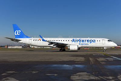 Air Europa Express (2nd) Embraer ERJ 190-200LR (ERJ 195) EC-KYP (msn 19000281) BRU (Ton Jochems). Image: 940978.
