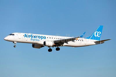 Air Europa Express (2nd) Embraer ERJ 190-200LR (ERJ 195) EC-LKM (msn 19000425) LIS (Stefan Sjogren). Image: 942648.