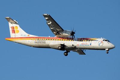 Air Nostrum-Iberia Regional ATR 72-212A (ATR 72-500) EC-HEJ (msn 565) (Comunitat Valenciana) MAD (Paul Denton). Image: 951134.