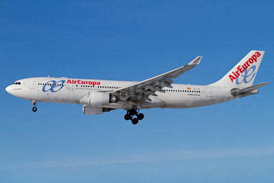 AirEuropa Airbus A330-202 EC-JZL (msn 814) ARN (Stefan Sjogren). Image: 906131.