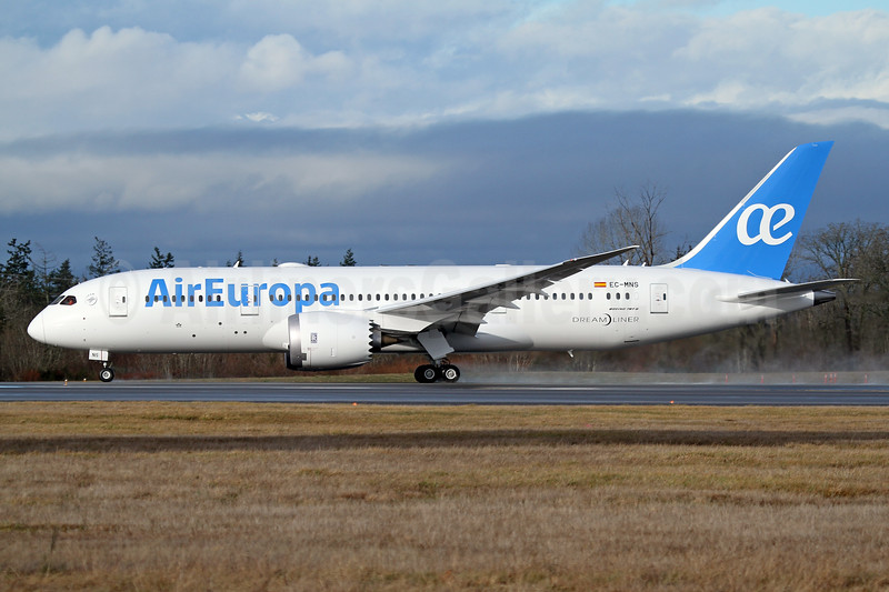 Air Europa Boeing 787-8 Dreamliner EC-MNS (msn 36417) PAE (Nick Dean). Image: 936950.