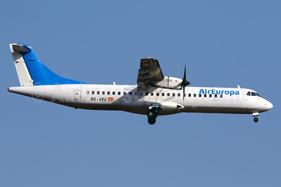 Air Europa (Swiftair) ATR 72-212A (ATR 72-500) EC-LYJ (msn 468) (blue tail) PMI (Javier Rodriguez). Image: 938703.