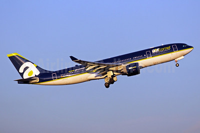 Aircomet (Air Comet) (Spain) Airbus A330-223 EC-KVS (msn 962) MAD (TMK Photography). Image: 921061.