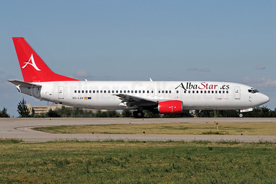 AlbaStar (AlbaStar.es) Boeing 737-408 EC-LAV (msn 24352) BLQ (Marco Finelli). Image: 905535.