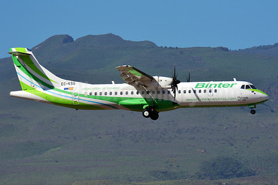 Binter Canarias ATR 72-212A (ATR 72-500) EC-KSG (msn 907) LPA (Paul Bannwarth). Image: 927664.