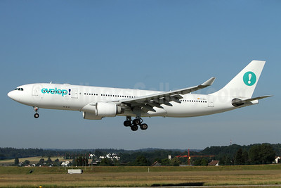 Evelop Airlines Airbus A330-223 EC-MKT (msn 139) ZRH (Andi Hiltl). Image: 933680.