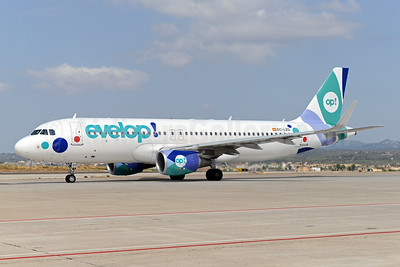 Evelop Airlines Airbus A320-214 WL EC-LZD (msn 5642) PMI (Ton Jochems). Imge: 923265.