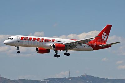GIRjet Boeing 757-236 EC-JTN (msn 25597) BCN (Eurospot). Image: 935997.