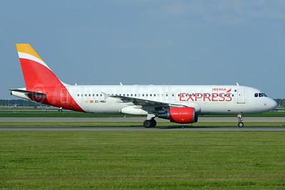 Iberia Express Airbus A320-214 EC-MBU (msn 1198) AMS (Ton Jochems). Image: 938380.