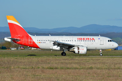Iberia Airbus A319-111 EC-KOY (msn 3443) BSL (Paul Bannwarth). Image: 937532.