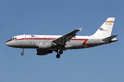 Iberia-Lineas Aereas de Espana Airbus A319-111 EC-KKS (msn 3320) LHR (Antony J. Best). Image: 909746.