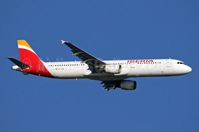 Iberia Airbus A321-211 EC-IJN (msn 1836) LHR (SPA). Image: 944627.