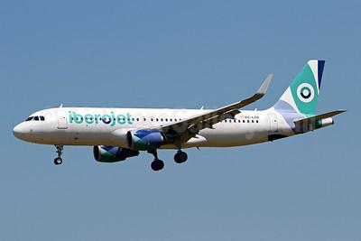 Iberojet Airbus A320-214 WL EC-LZD (msn 5642) PMI (Javier Rodriguez). Image: 954468.