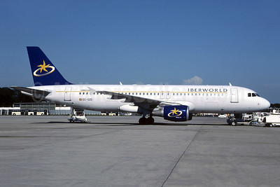 Iberworld Airlines Airbus A320-214 EC-GZD (msn 879) CDG (Christian Volpati). Image: 952491.